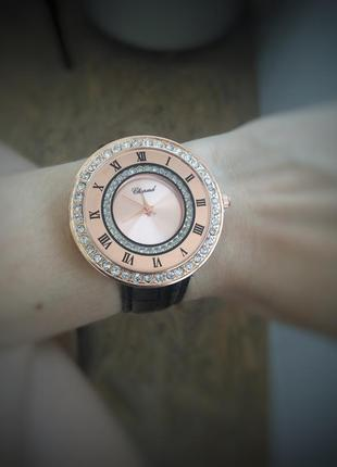 Крутые наручные новые часы