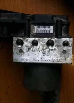 Б/у блок управления ABS Renault Megane 2, 8200038695, 0265231300,