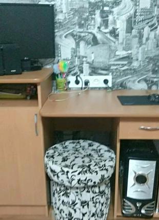 Продам комп`ютерний стіл