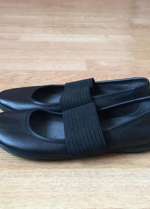 Новые кожаные туфли camper германия 39 размера