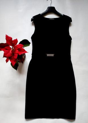 Базовое черное платье