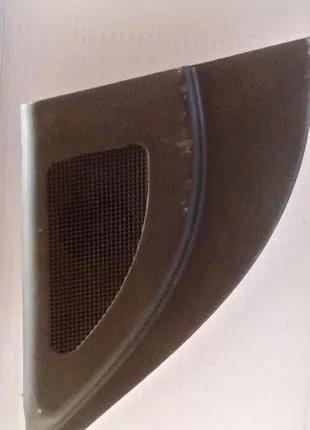 Накладка зеркала с динамиком правая Hyundai Accent