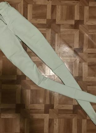 🌿 мятные джинсы/скинни bershka