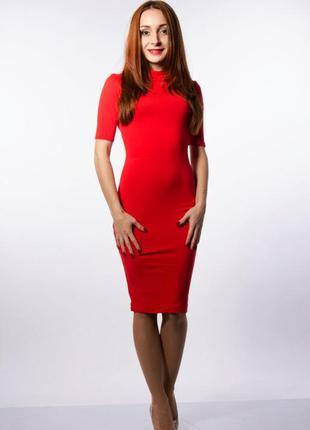 Платье чулок горловина - хамут, рукав 1/3, классического красн...