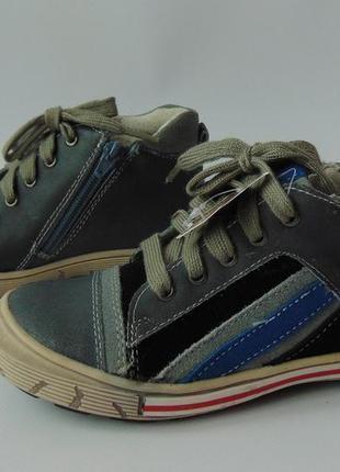 Кожаные демисезонные ботинки-кроссовки супинатор andre франция...