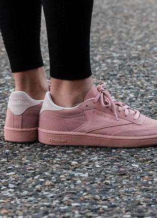 Натуральные кожаные розовые кроссовки 38 размер reebok club c 85