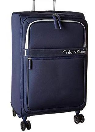 Дорожный чемодан calvin klein 25 lincoln square upright 4 колеса