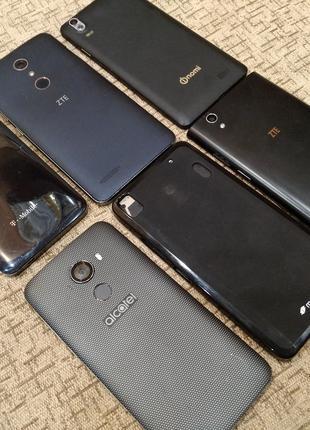 Лот телефонов ALCATEL ZTE NOMI