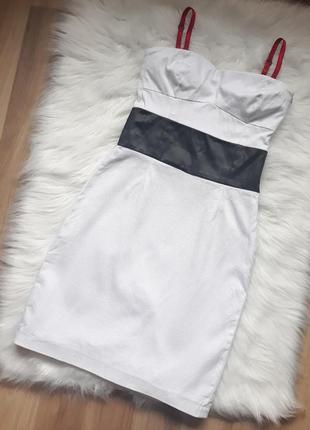 Белое текстурное платье без бретелей love republic