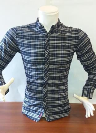 Стильная мужская рубашка в клеточку темно-синяя