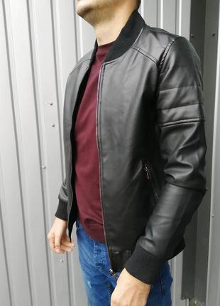 Стильная кожаная куртка тёплая