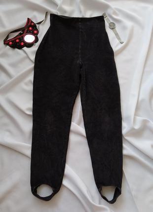 Велюровве штаны с завышенной талией