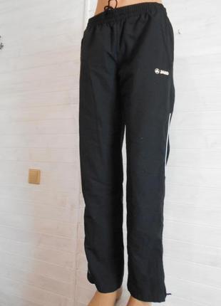 Красивые спортивные штаны на подкладке jako
