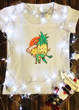 Женская футболка  с принтом - пара ананас и пица