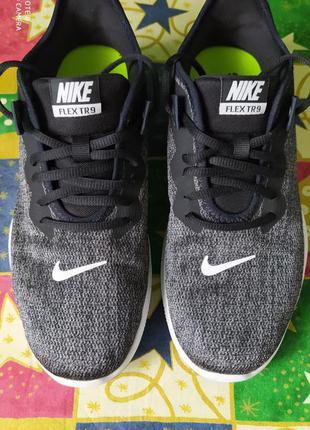 Чоловічі кросівки nike flex tr9.