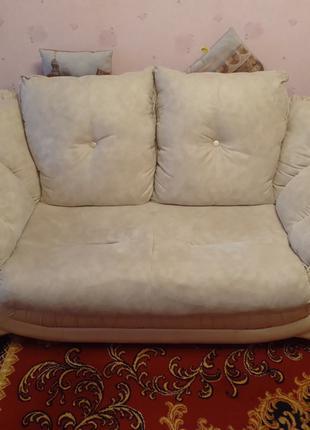 Продам диван и кресла КОМПЛЕКТОМ или ПО ОТДЕЛЬНОСТИ!