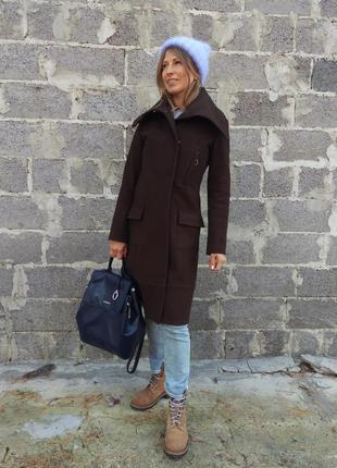 Шестяное пальто в стиле бушлат европейского бренда