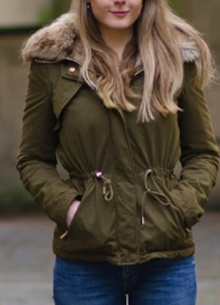 Zara парка зимняя с мехом хаки куртка