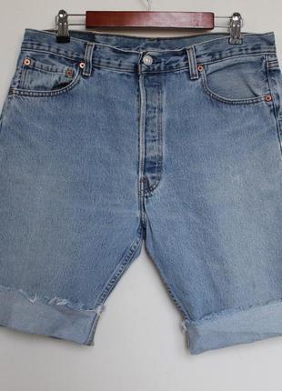 Винтажные мужские шорты levis размер 36