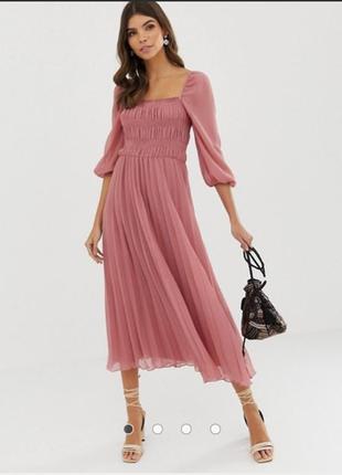 Платье миди с плисерованной юбкой цвета чайной розы