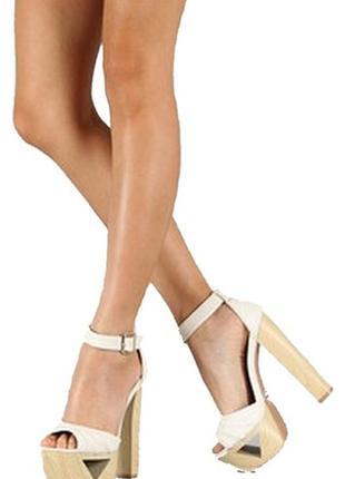 Qupid белые сандали на платформе 25.5-26 см