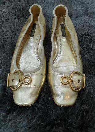 Золотые туфли балетки louis vuitton