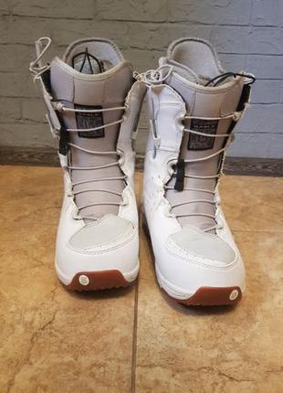 Сноубордичесие ботинки боты Burton Sable US 7.5 EUR 39