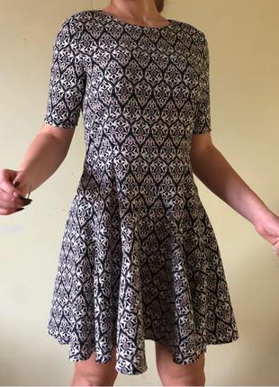 Летнее платье  бренд H&M