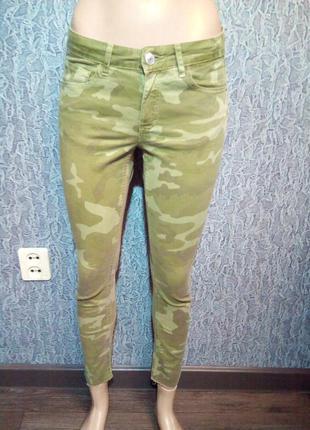 Камуфляжные брюки, штаны. zara.
