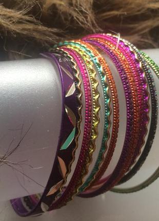 Набор цветных тонких металлических браслетов forever 21