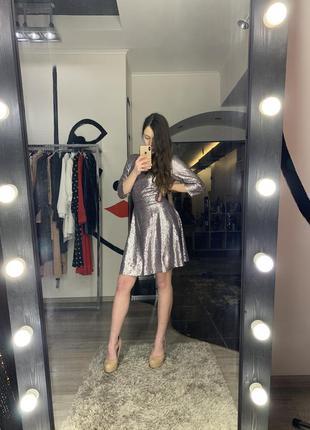 Шикарное сексуальное блестящее платье на запах миди пайетки на...