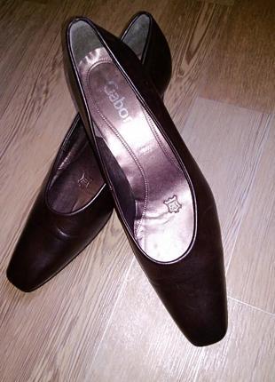 Туфли  классические лодочки цвет шоколад от  gabor