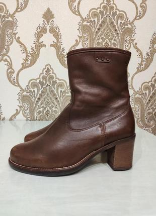 Gabor демисезонные кожаные сапоги на устойчивом каблуке