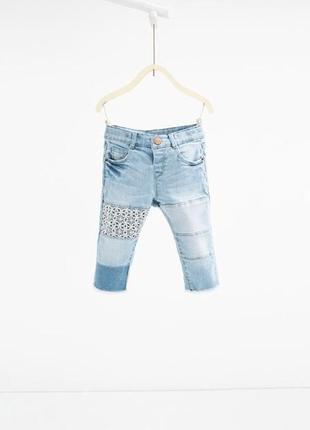 Детские джинсы на девочку бренда zara