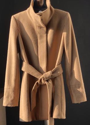 Шерстяное пальто от mango