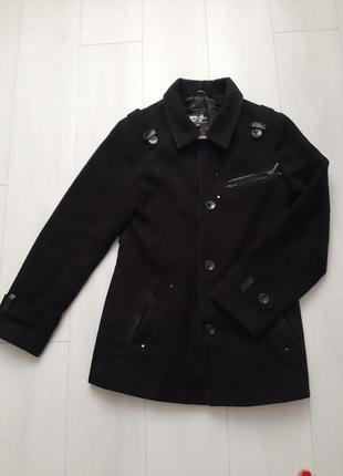 Пальто мужское чёрное,