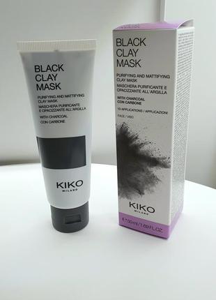Очищающая и матирующая маска для лица с углем и черной глиной