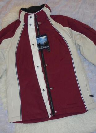 Лыжная  женская  куртка новая   с бирками