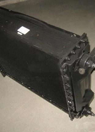 Радиатор охлаждения МТЗ 1025 (5-х рядн.) (г.Оренбург). 1025.1301.