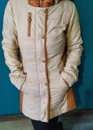 Весеннее светлое пальто