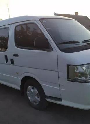 Мікроавтобус на 8 місць по 9 грн за км