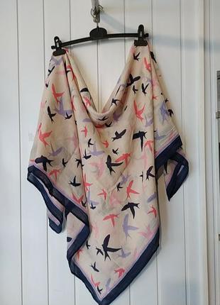 Супер платок палантин с ласточками