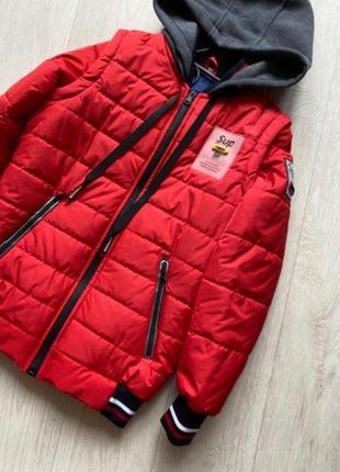 Яркая крутая куртка- бомбер жилет supreme