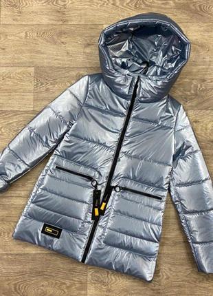 Удлиненная демисезонная куртка для девочки