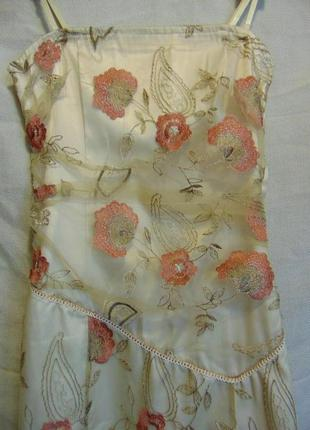 Вечернее платье с вышивкой по сетке, vila