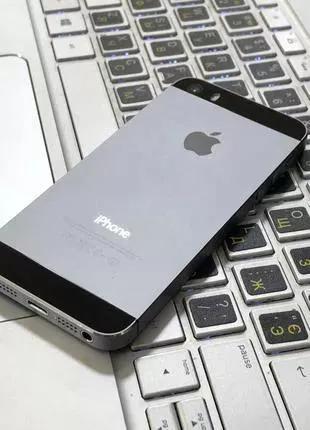 Apple iPhone 5s 16Гб Neverlock Полностью Рабочий, Чистый