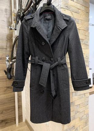 Женское серое шерстяное пальто демисезон  весна осень с поясом...