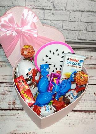 Вкусный подарок со сладостями к Дню Влюблённых 14 февраля