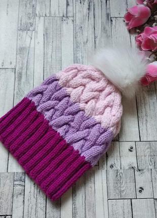 Вязаная шапка на девочку ручная работа