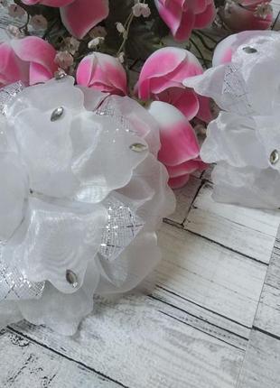Банты бантики резинки на голову цветы со стразами девочку в школу